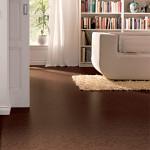 Dřevěné a korkové podlahy do interiéru